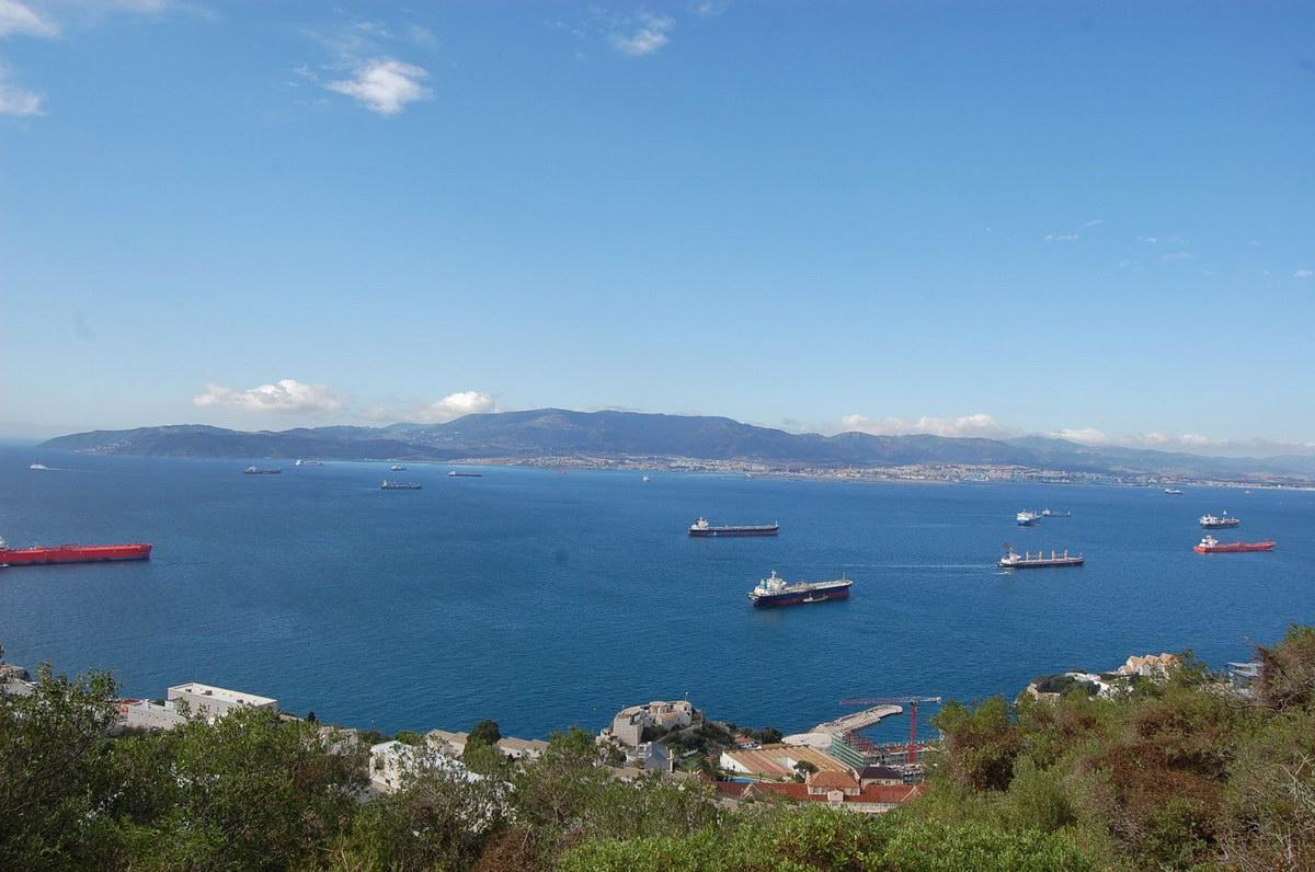 Gibraltar вид на корабли