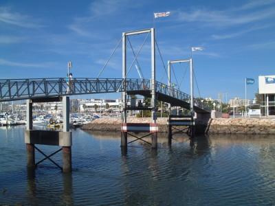 2006 Lagos, Bridge