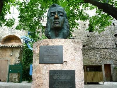 Памятник Шопену в Вальдемосе