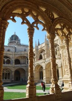 jeronimos-monastery-cloisters2